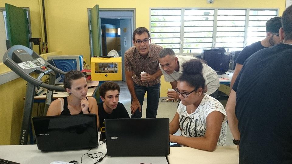 équipes au travail